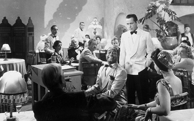 a review of casablanca a film by michaela curtiz Casablanca (1942) was directed by michael curtiz and based on murray burnett and joan alison's unproduced stage play everybody comes to rick's the film stars humphrey bogart, ingrid bergman, paul .