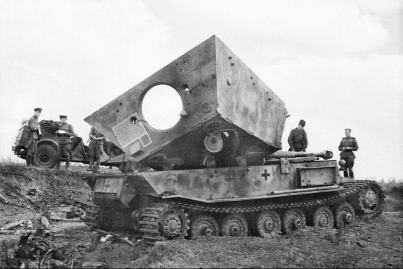 Znalezione obrazy dla zapytania destroyed elephant tank destroyer
