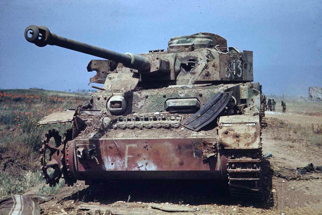 28 stunning images of german tanks knocked out abandoned and captured in tunisa