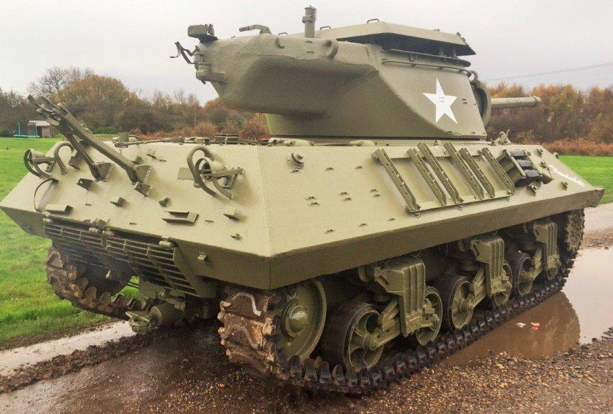 For sale: Powerfull 90mm GMC 1944 M36 'Jackson' Tank Destroyer