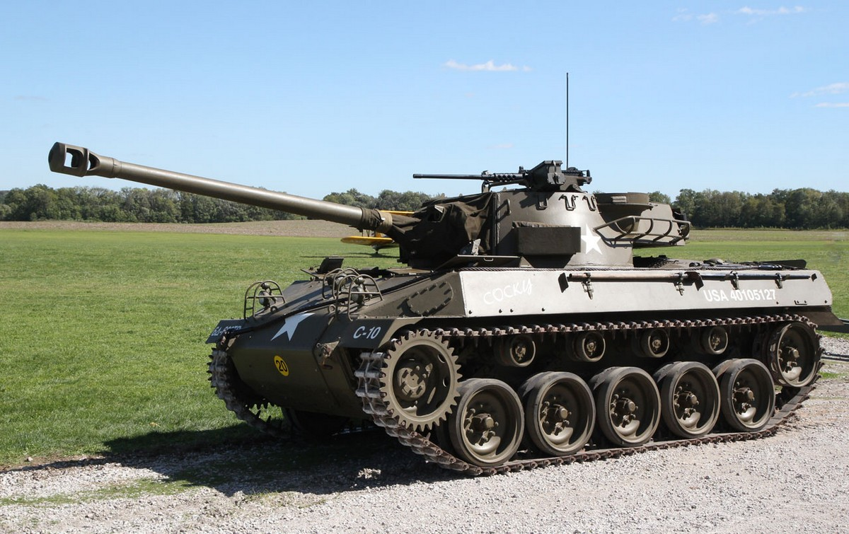 for sale extremely deadly 1944 m18 39 hellcat 39 tank destroyer. Black Bedroom Furniture Sets. Home Design Ideas