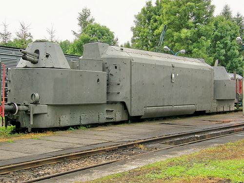 hattons.co.uk - Lima L109704-SAS WW2 German Army Train ...  Wwii Train Car