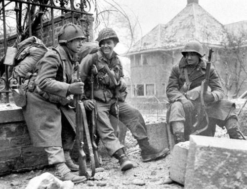 Image result for ww2 US ARMY soldiers in the ardennes