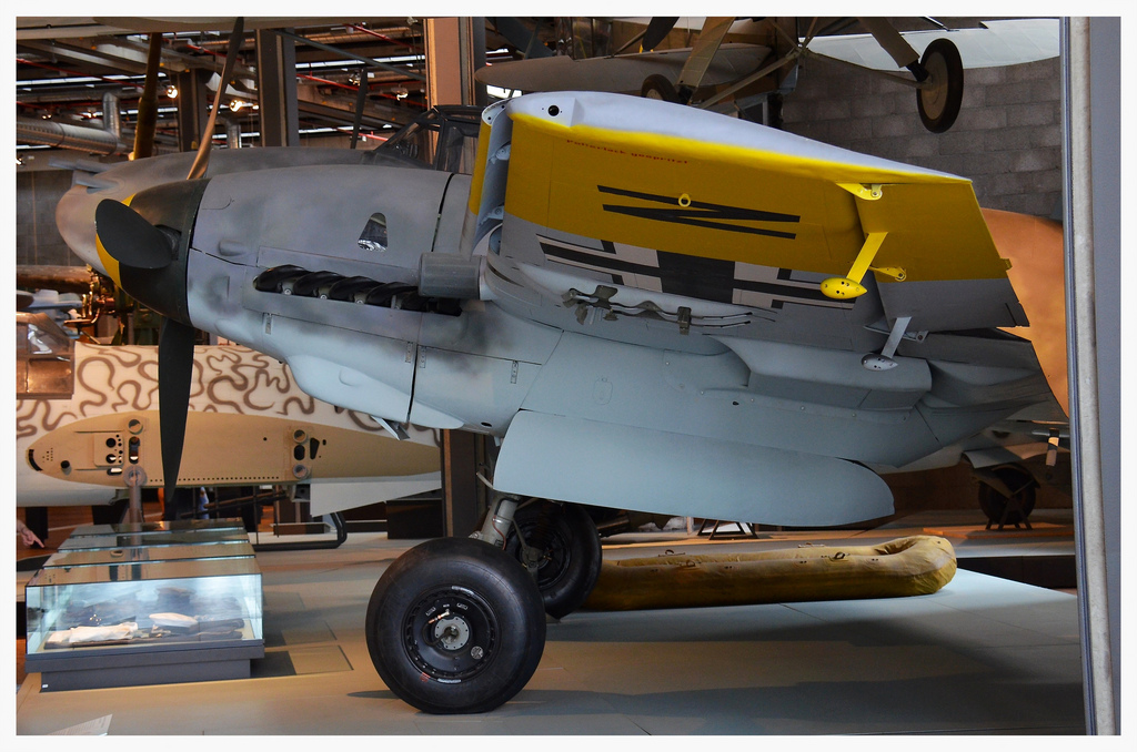 18 nice images of the only two German intact Bf110 ...